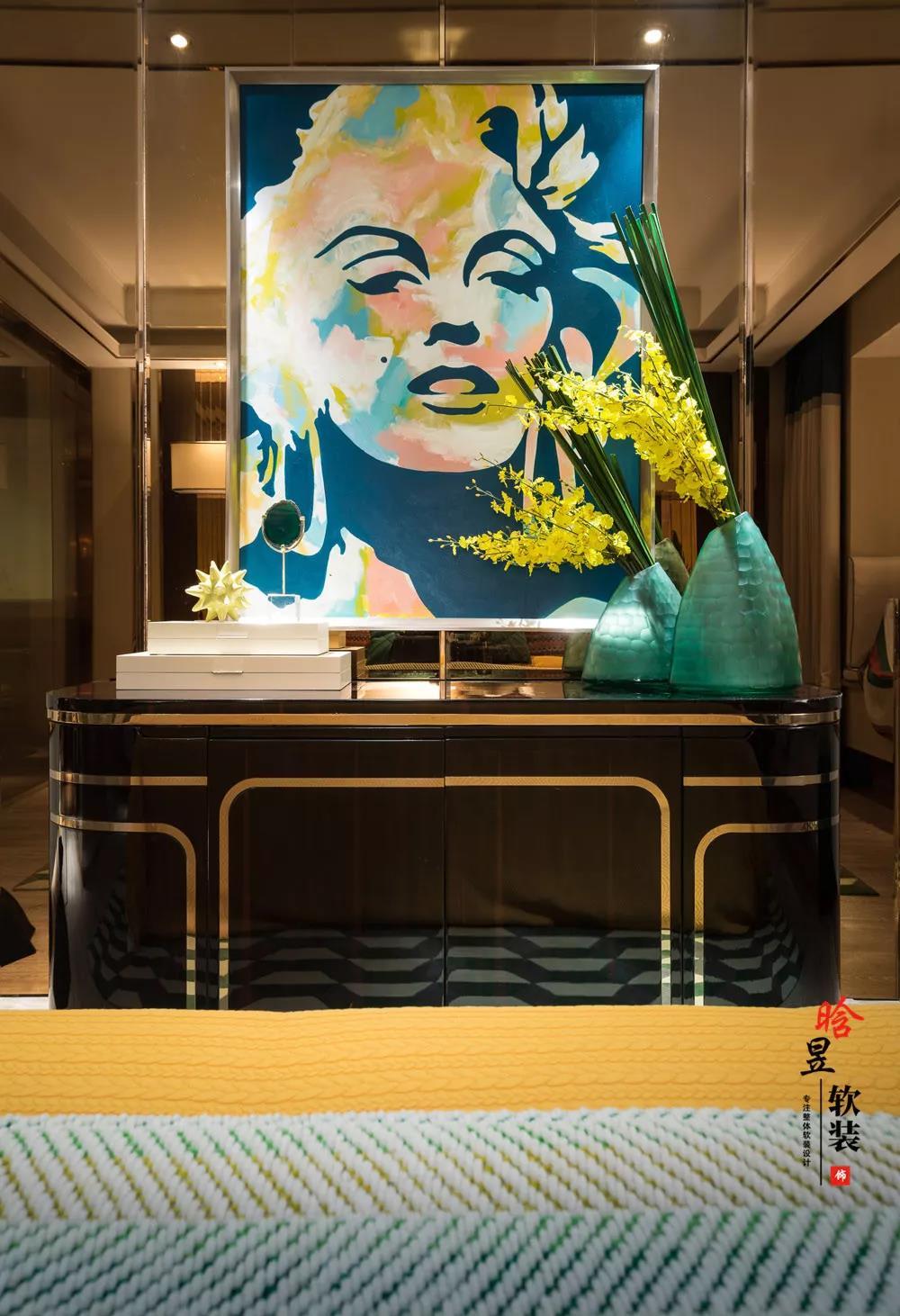 晗昱軟裝美的林城時代現代輕奢家居,讓個性標記生活主臥2.jpg