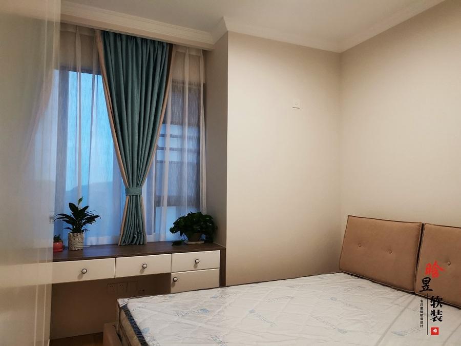 晗昱軟裝實景案例  美的國賓府99㎡現代家居,軟裝前后對比8.jpg