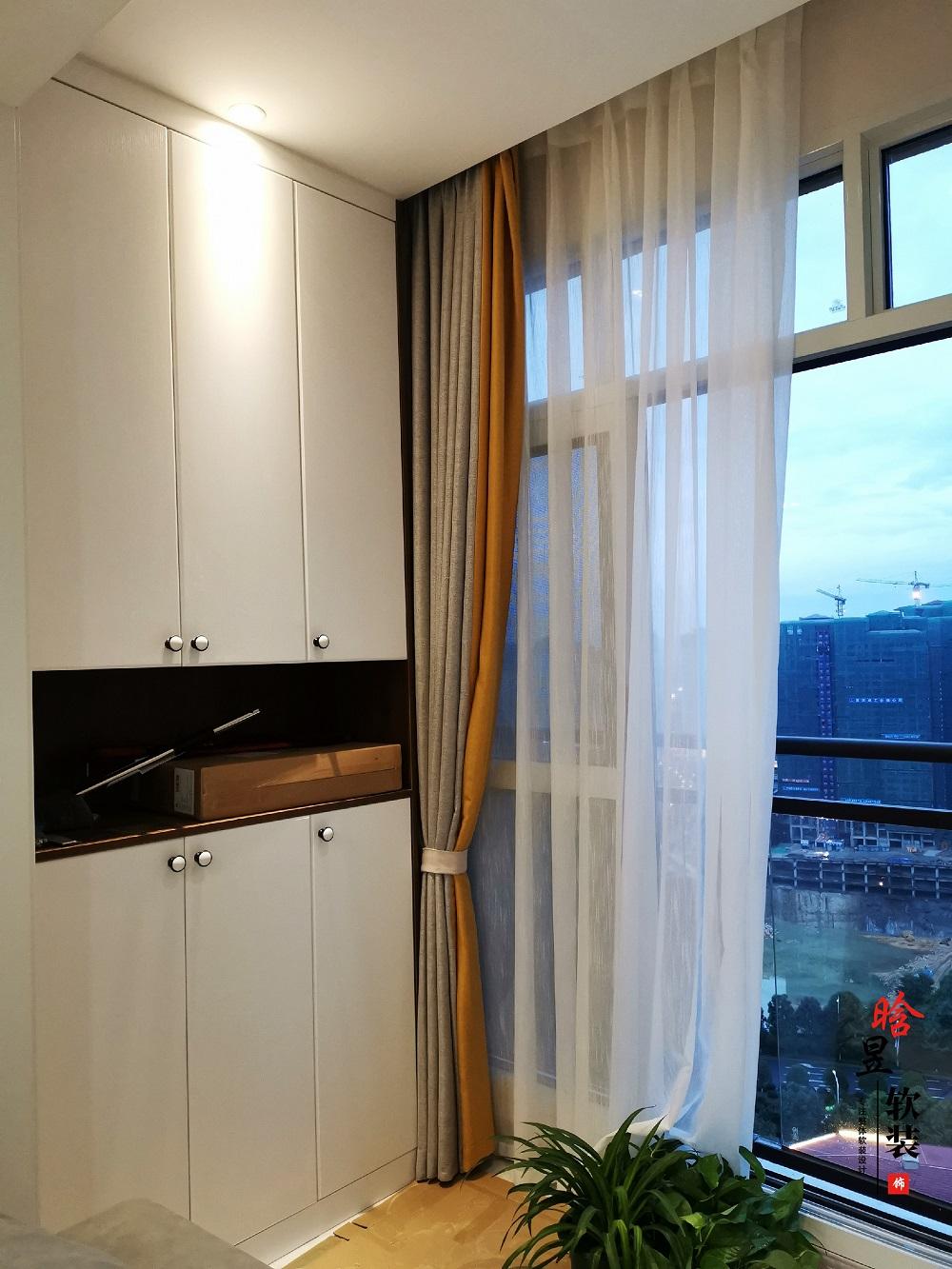 晗昱軟裝實景案例  美的國賓府99㎡現代家居,軟裝前后對比10.jpg