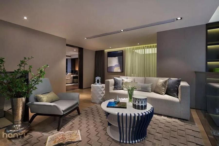實景案例 中鐵逸都現代簡約家居,就愛這樣的純粹休閑室3.jpg